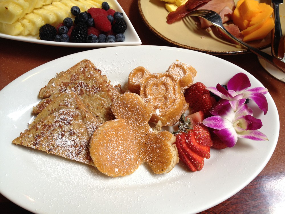 Character Breakfast at Disney Aulani in Hawaii