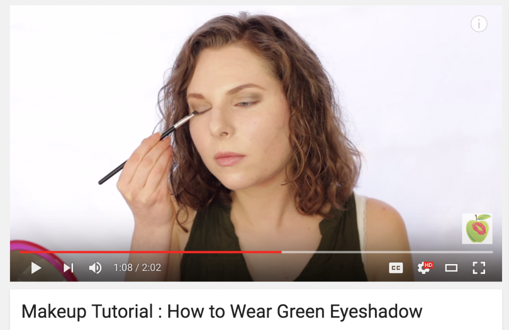 How To Wear Green Eyeshadow with Red Apple Lipstick